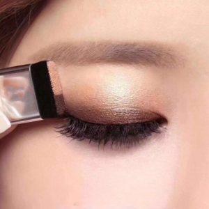 Dámské luxusní oční stíny Debora