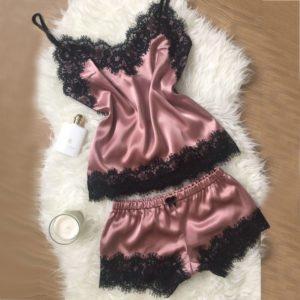 Dámský saténový krajkovaný pyžamový set