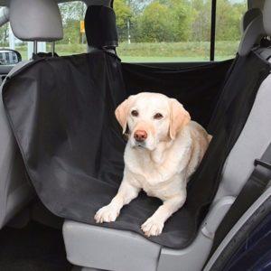 Ochranná deka do auta pro psa