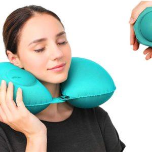 Samonafukovací krční polštář