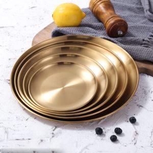 Zlaté kulaté talíře