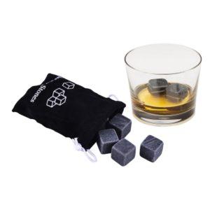 Kamenné kostky na chlazení nápojů