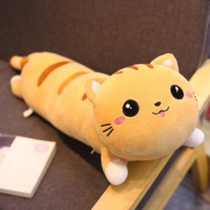 Plyšák na válení ve tvaru kočky