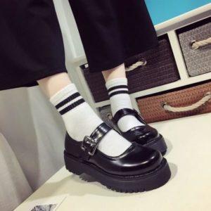 Dámské lakované sandálky