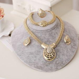 Sada luxusních dámských šperků Lili