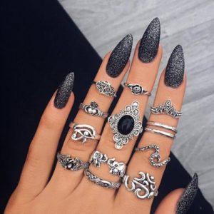 Set krásných prstýnků