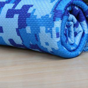Stylový maskáčový chladící ručník - osuška