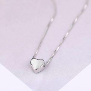 Jednoduchý náhrdelník se srdíčkem