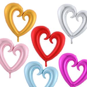 Barevné balónky ve tvaru srdce