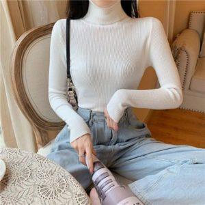 Dámský moderní svetr ke krku Julia