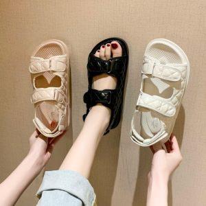 Dámské trendy elegantní sandály