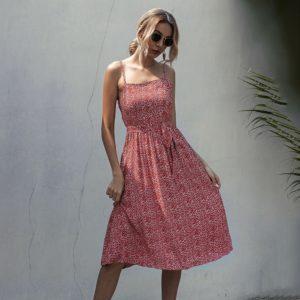 Stylové moderní dámské šaty Steriani