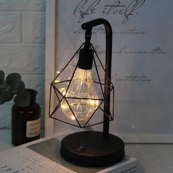 Minimalistická stolní lampa LEEDOME