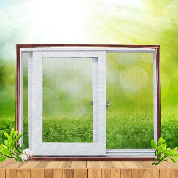 Zatmavovací okenní fólie