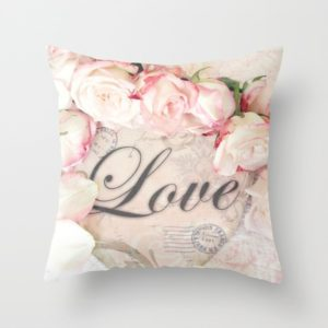 Jarní povlak na polštář s květinami Love