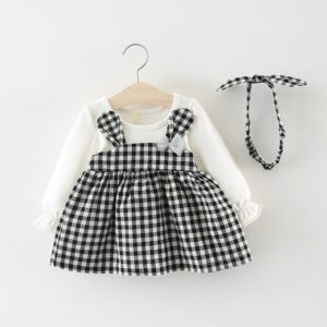 Roztomilé dětské jarní šaty s tričkem s dlouhým rukávem