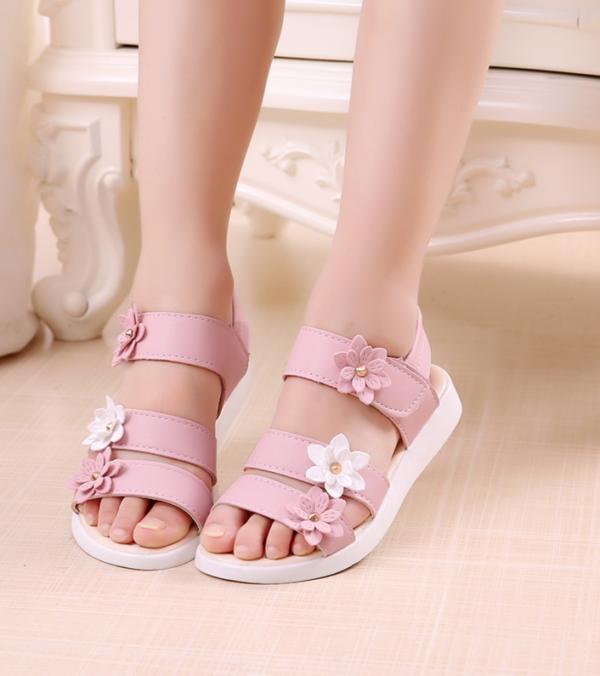 Dívčí pohodlné květinové sandálky