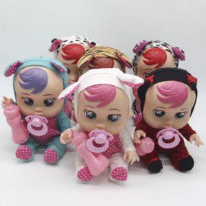 Roztomilá dětská panenka v různých variantách