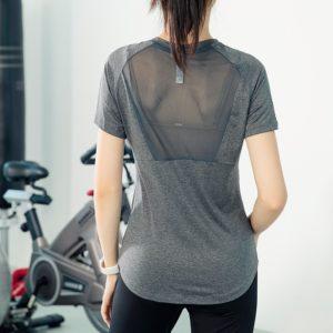 Dámské tričko na cvičení s krátkým rukávem
