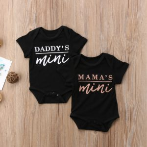 Novorozenecké body s milým nápisem