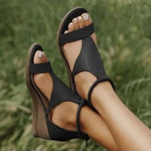 Elegantní moderní dámské letní sandále Vincencia