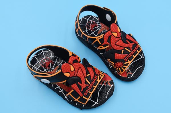 Letní plážové dětské sandálky s oblíbeným pavoučím superhrdinou