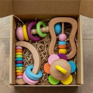 Dřevěné rozvojové hračky pro děti