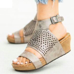 Dámské moderní letní sandály Renata