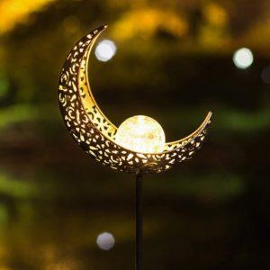 Krásná solární LED lampa s efektem plamene